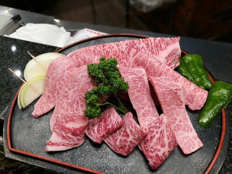 奈良で最高の焼肉が食べたいなら『炭火焼肉&ステーキ萬華』一択。特選焼きシャブは食べなきゃ損!